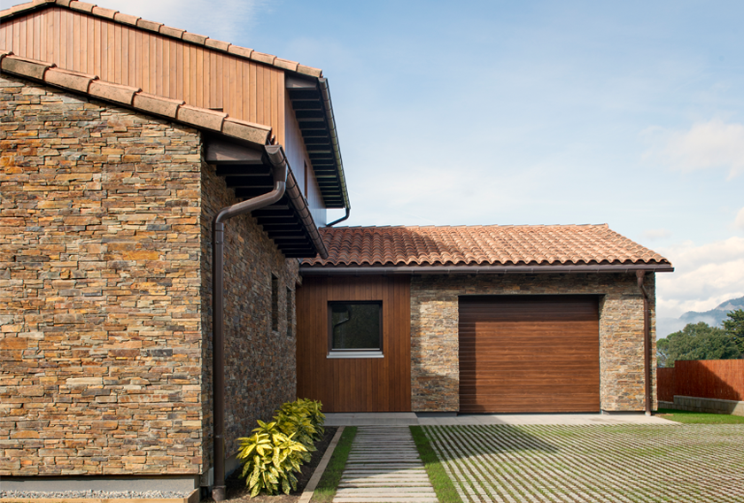 STONEPANEL™ clads the facade of the fifth house certified Passivhaus in Catalonia