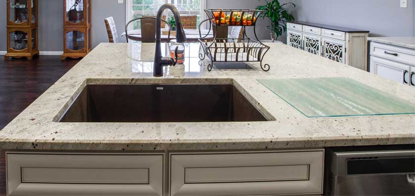 Marble countertop for kitchens