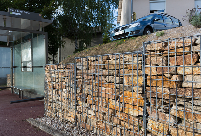 Natural stone for gabion walls